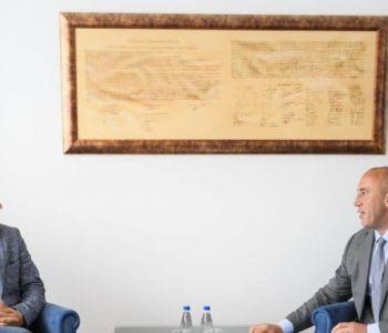 Haradinaj thotë se përfituesit më të mëdhenj të taksës ndaj Serbisë janë prodhuesit vendorë