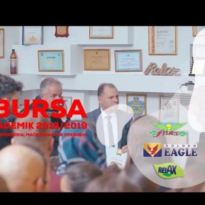 Fondacioni Golden Eagle ndanë 100 Bursa për studentët nga Kosova , Shqipëria , Maqedoni dhe Presheva